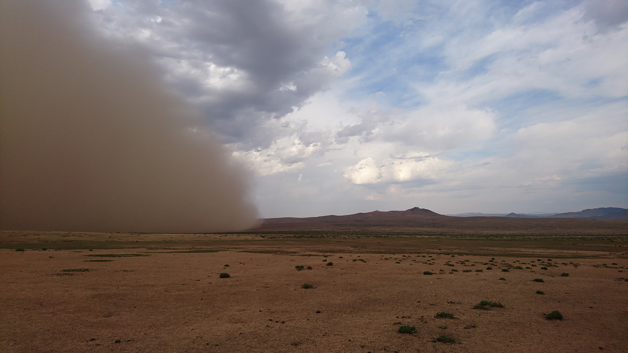 Gobi Desert Tour – Erdene Zuu monastry & Rashaant (sandstorm)