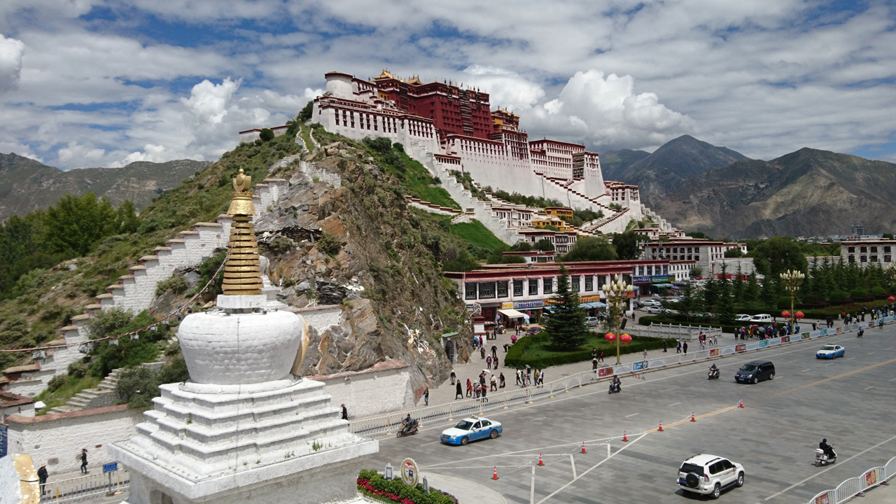In Lhasa – Potala Palace and Sera Monastery